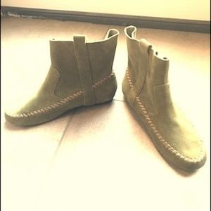 Latigo green suede booties